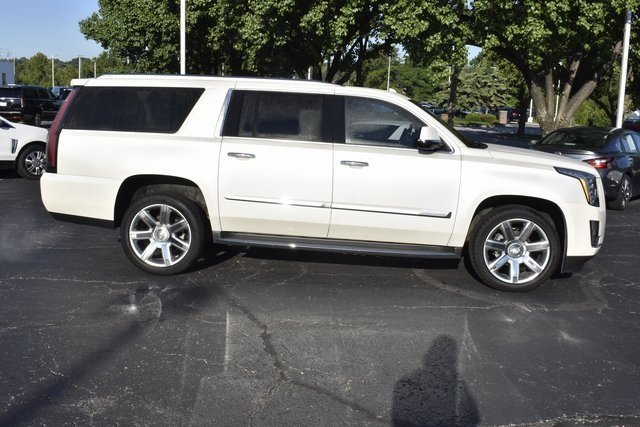 2015 White Diamond Tricoat Cadillac Escalade ESV Luxury 4X4 Automatic Vortec 6.2L V8 SIDI Engine