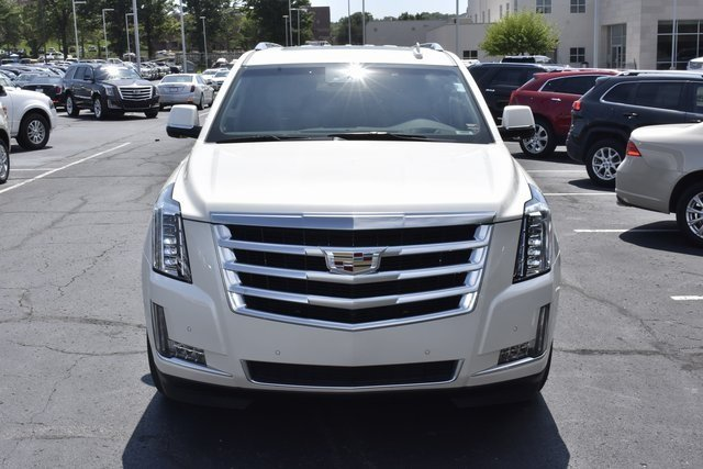 2015 Cadillac Escalade ESV Luxury Automatic 4X4 Vortec 6.2L V8 SIDI Engine