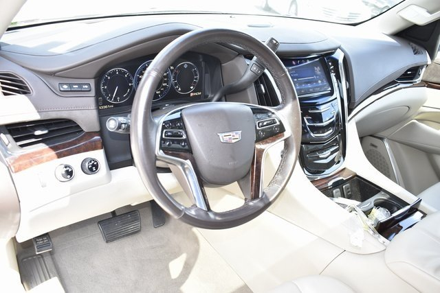 2015 Cadillac Escalade ESV Luxury 4 Door Automatic SUV Vortec 6.2L V8 SIDI Engine 4X4