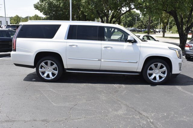 2015 Cadillac Escalade ESV Luxury Vortec 6.2L V8 SIDI Engine 4X4 Automatic SUV 4 Door