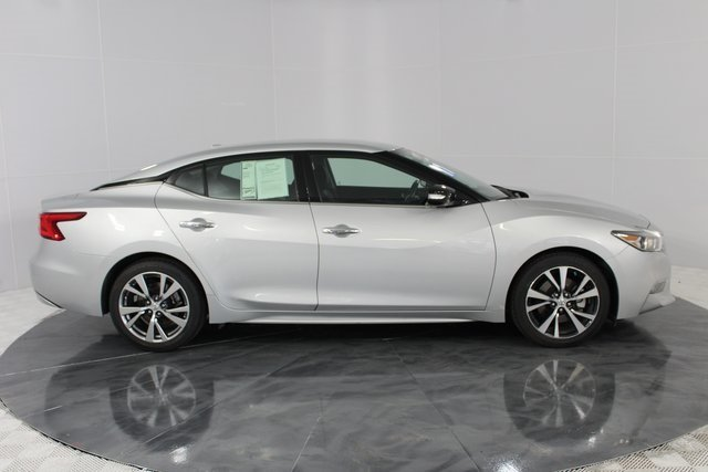2017 Nissan Maxima SV Sedan Automatic (CVT) 4 Door