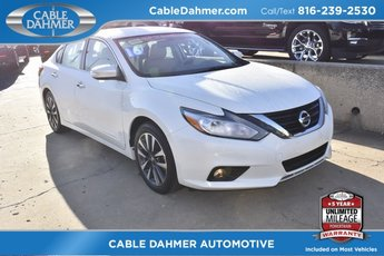 2016 Pearl White Nissan Altima 2.5 SL Automatic (CVT) Sedan 4 Door