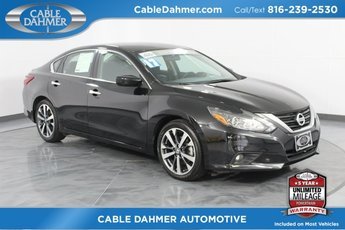 2017 Super Black Nissan Altima 3.5 SR Sedan FWD 3.5L V6 DOHC 24V Engine