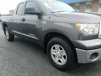 2012 Magnetic Gray Metallic Toyota Tundra Grade i-Force 5.7L V8 DOHC Engine Automatic RWD