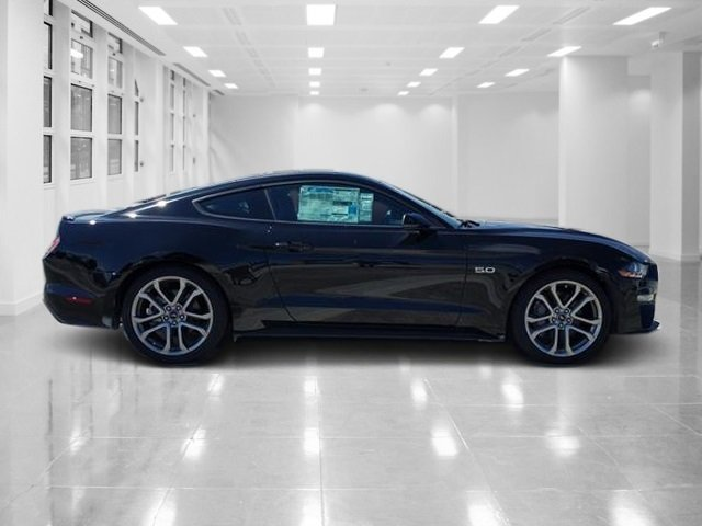 2018 Ford Mustang GT Premium Automatic Coupe 2 Door Premium Unleaded V-8 5.0 L/302 Engine