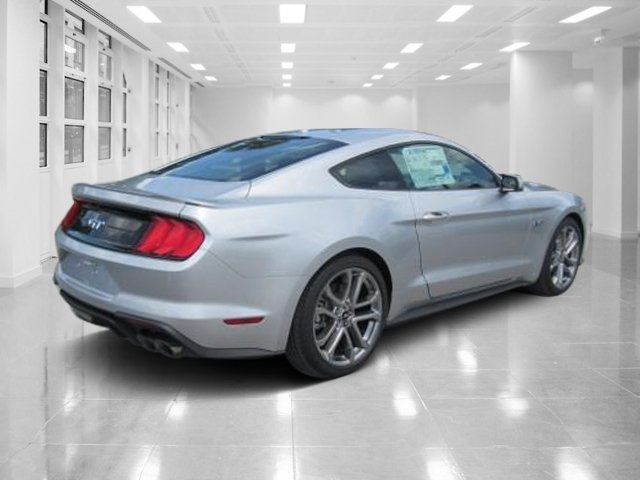 2018 Ingot Silver Metallic Ford Mustang GT Premium 2 Door Coupe Premium Unleaded V-8 5.0 L/302 Engine RWD Automatic
