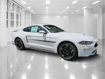 2019 Oxford White Ford Mustang GT Premium Unleaded V-8 5.0 L/302 Engine RWD Coupe