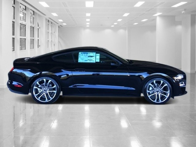 2018 Ford Mustang EcoBoost Premium Automatic Coupe Intercooled Turbo Premium Unleaded I-4 2.3 L/140 Engine