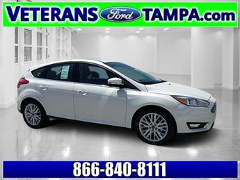 2018 Ford Focus Titanium Hatchback Regular Unleaded I-4 2.0 L/122 Engine Automatic