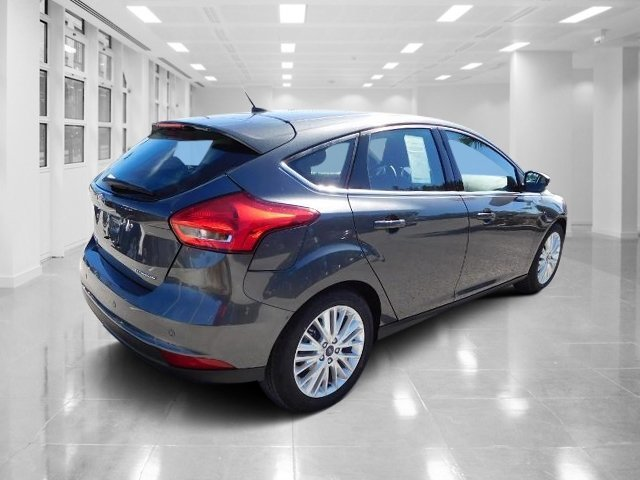 2018 Magnetic Metallic Ford Focus Titanium Regular Unleaded I-4 2.0 L/122 Engine FWD Hatchback 4 Door