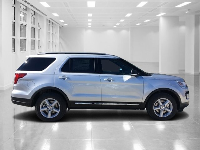 2019 Ford Explorer XLT 4 Door SUV FWD Automatic Regular Unleaded V-6 3.5 L/213 Engine