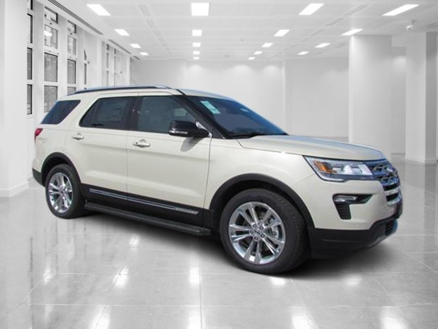 2018 Platinum Dune Metallic Tri-Coat Ford Explorer XLT Regular Unleaded V-6 3.5 L/213 Engine 4 Door SUV Automatic FWD