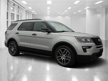2018 Ford Explorer Sport Twin Turbo Premium Unleaded V-6 3.5 L/213 Engine 4 Door Automatic AWD SUV