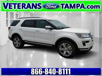 2018 White Platinum Metallic Tri-Coat Ford Explorer Platinum Twin Turbo Premium Unleaded V-6 3.5 L/213 Engine 4 Door SUV AWD Automatic