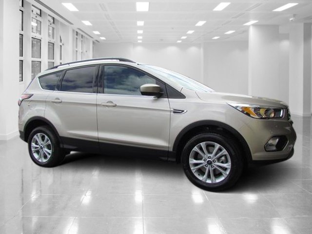2018 White Gold Metallic Ford Escape SE Automatic Intercooled Turbo Regular Unleaded I-4 1.5 L/91 Engine 4X4 4 Door