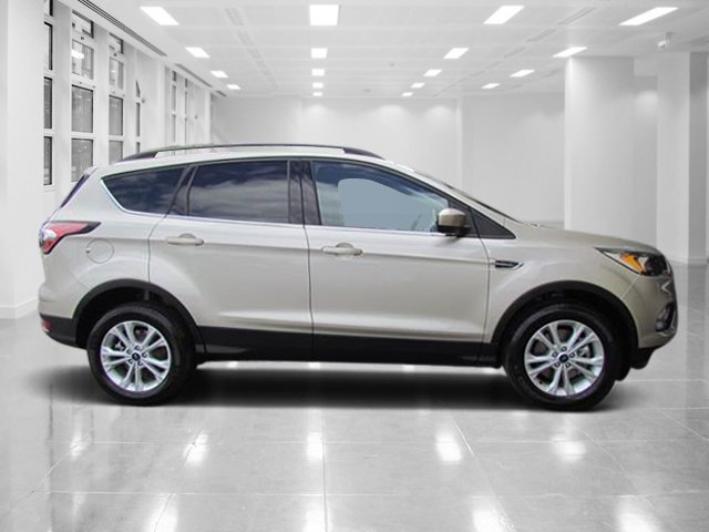 2018 White Gold Metallic Ford Escape SE 4 Door Intercooled Turbo Regular Unleaded I-4 1.5 L/91 Engine Automatic
