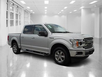2018 Ford F-150 XLT Automatic RWD 4 Door Truck Regular Unleaded V-8 5.0 L/302 Engine