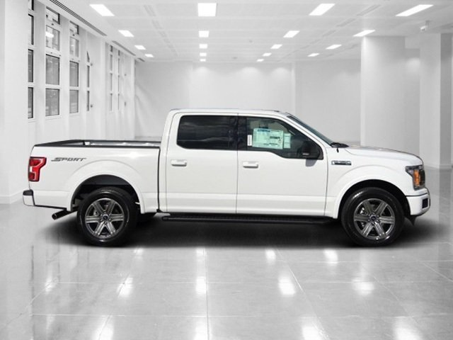2018 Oxford White Ford F-150 XLT RWD Automatic Truck