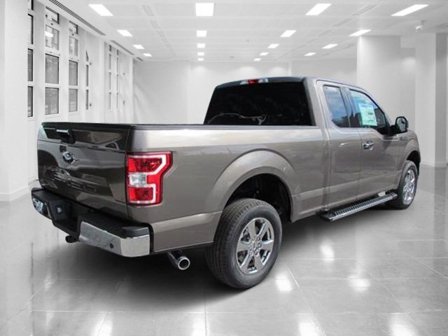 2018 Stone Gray Ford F-150 XLT Truck Automatic Regular Unleaded V-8 5.0 L/302 Engine RWD