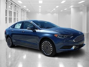 2018 Blue Metallic Ford Fusion SE 4 Door Sedan Automatic FWD Intercooled Turbo Regular Unleaded I-4 1.5 L/91 Engine