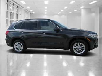 2015 BMW X5 xDrive35i AWD Intercooled Turbo Premium Unleaded I-6 3.0 L/182 Engine 4 Door Automatic