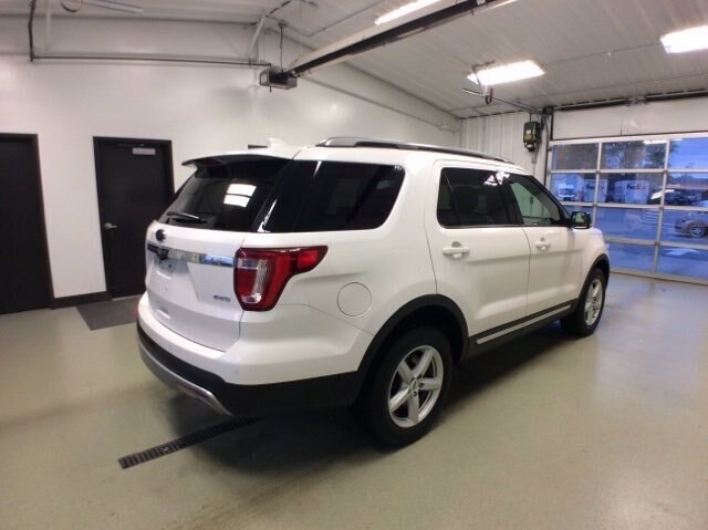 2017 Ford Explorer XLT 4X4 4 Door 3.5L V6 Engine