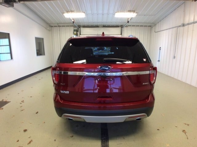 2017 Ruby Red Metallic Tinted Clearcoat Ford Explorer XLT SUV 4X4 3.5L V6 Engine