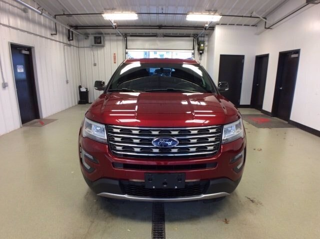 2017 Ford Explorer XLT SUV 4X4 Automatic