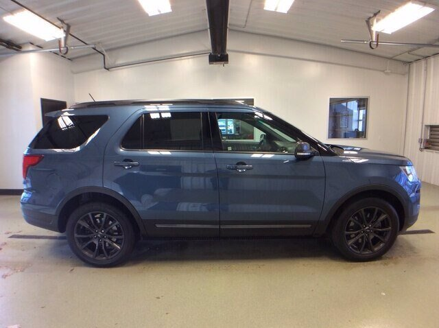 2018 Blue Metallic Ford Explorer XLT 3.5L 6-Cylinder SMPI DOHC Engine 4 Door 4X4 SUV