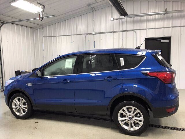 2019 Lightning Blue Metallic Ford Escape SE FWD Automatic 1.5L 4 cyls Engine