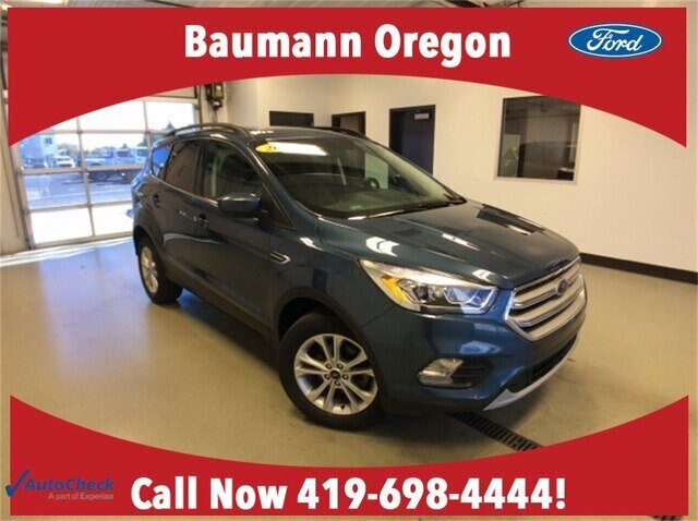 2018 Blue Metallic Ford Escape SEL FWD Automatic 1.5L EcoBoost Engine