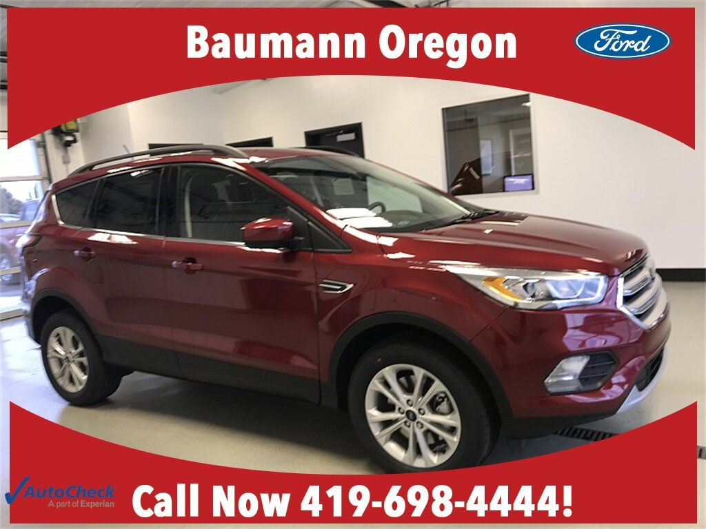 2018 Ruby Red Metallic Tinted Clearcoat Ford Escape SEL Intercooled Turbo Regular Unleaded I-4 1.5 L/91 Engine 4 Door Automatic 4X4 SUV