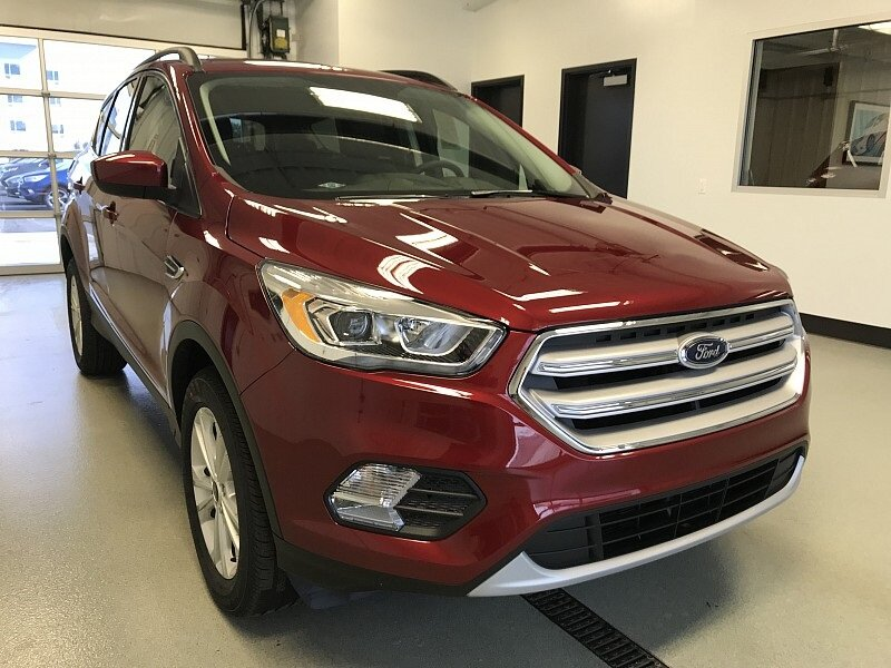 2018 Ruby Red Metallic Tinted Clearcoat Ford Escape SEL 4X4 SUV 4 Door