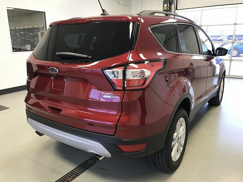 2018 Ruby Red Metallic Tinted Clearcoat Ford Escape SEL 1.5L EcoBoost Engine Automatic 4 Door