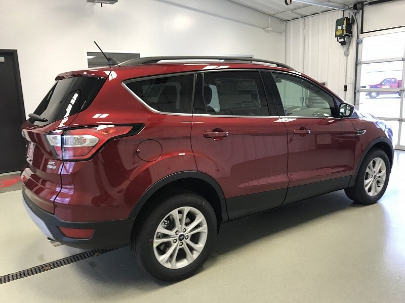 2018 Ruby Red Metallic Tinted Clearcoat Ford Escape SEL 1.5L EcoBoost Engine Automatic 4 Door SUV
