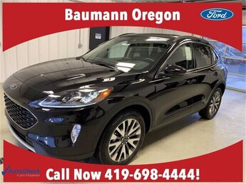 2020 Agate Black Metallic Ford Escape Titanium 4 Door AWD Automatic