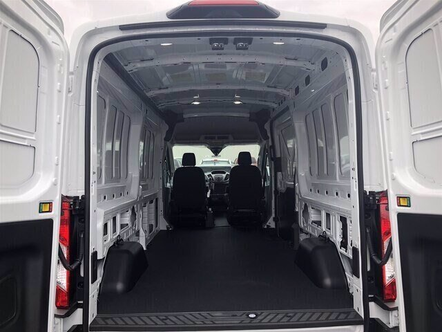 2019 Oxford White Ford Transit-250 Base RWD 3.7L V6 Engine Van 3 Door Automatic