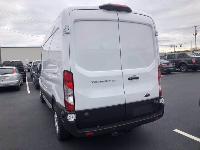 2019 Oxford White Ford Transit-250 Base Van 3.7L V6 Engine 3 Door RWD Automatic