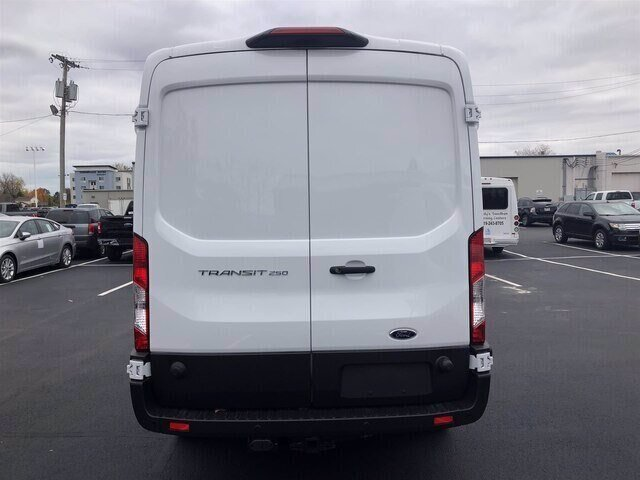 2019 Oxford White Ford Transit-250 Base RWD 3.7L V6 Engine Automatic Van 3 Door