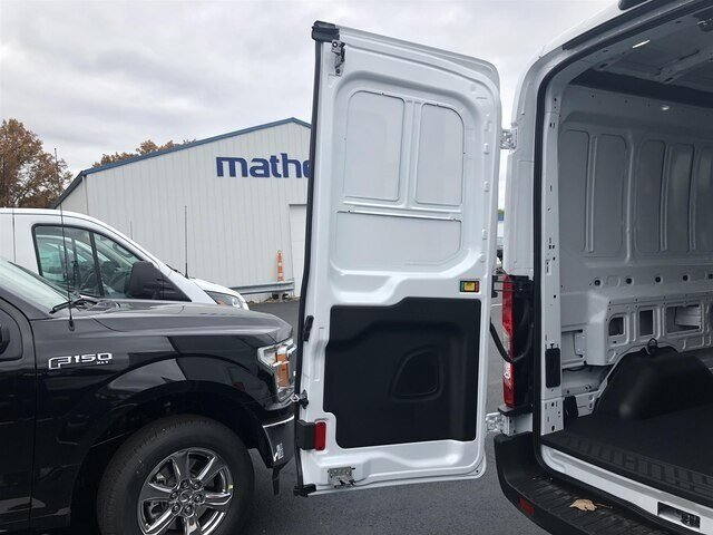 2019 Oxford White Ford Transit-250 w/Sliding Pass-Side Cargo Door RWD Van 3 Door