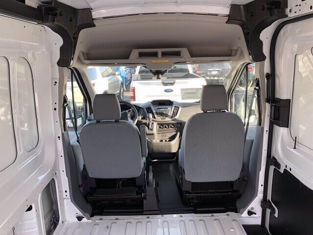 2018 Oxford White Ford Transit-250 Base RWD Van Automatic 3 Door 3.7L V6 Engine