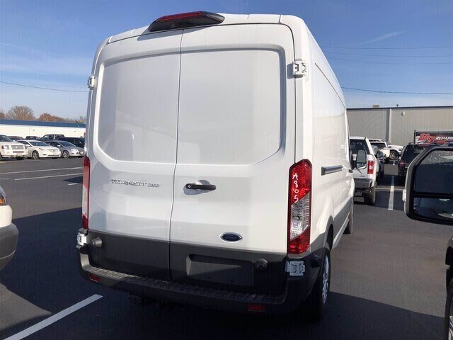 2018 Oxford White Ford Transit-250 Base Automatic Van RWD