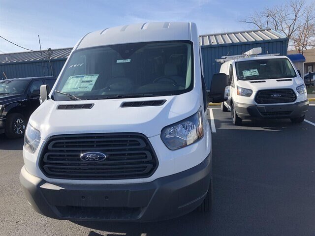 2018 Oxford White Ford Transit-250 w/Sliding Pass-Side Cargo Door 3 Door 3.7L V6 Engine RWD Automatic Van