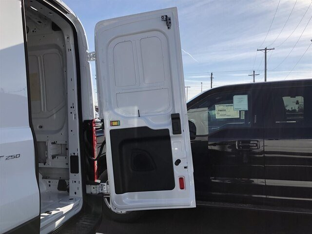 2018 Oxford White Ford Transit-250 w/Sliding Pass-Side Cargo Door 3 Door 3.7L V6 Engine Van Automatic