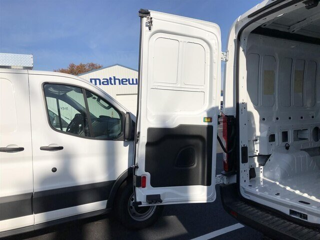 2018 Oxford White Ford Transit-250 w/Sliding Pass-Side Cargo Door 3.7L V6 Engine Automatic 3 Door Van