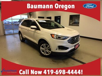 2019 White Platinum Metallic Tri-Coat Ford Edge SEL 2.0L 4 cyls Engine 4 Door Automatic
