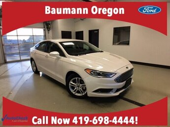 2018 White Platinum Metallic Tri-Coat Ford Fusion SE FWD 1.5L 4 cyls Engine Sedan
