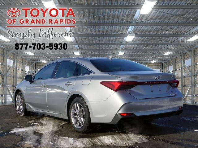 2021 Toyota Avalon Hybrid XLE Plus FWD Car 4 Door Automatic (CVT) 2.5L 4-Cylinder DOHC 16V VVT Engine