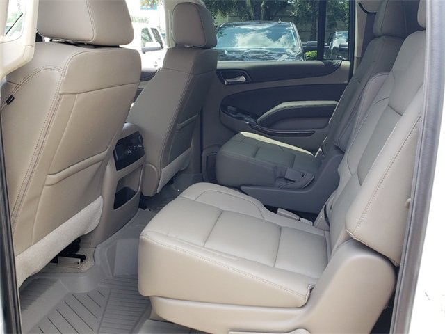 2018 Iridescent Pearl Tricoat Chevy Suburban LT 4 Door SUV Automatic EcoTec3 5.3L V8 Engine RWD