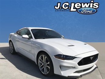 2018 Oxford White Ford Mustang GT Premium 2 Door RWD Coupe Manual 5.0L V8 Ti-VCT Engine